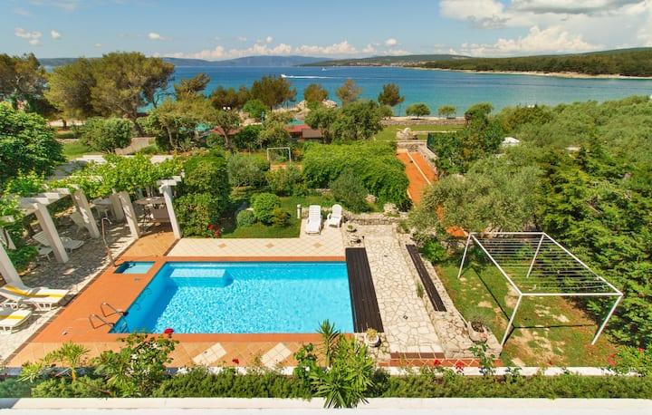 Mediterranean Villa 30 m from sea!