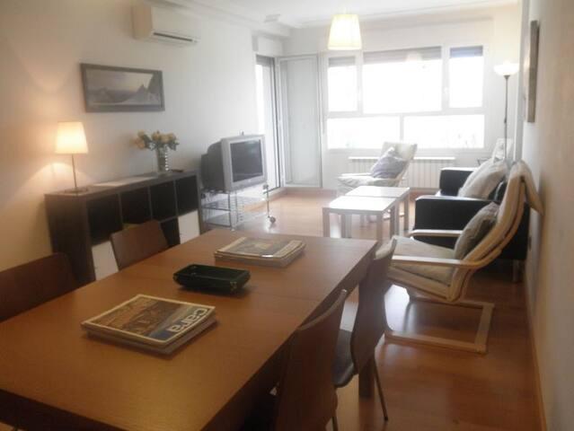 Logroño Apartment: 3 twin rooms - Logroño - Appartement