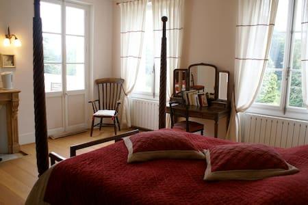 Chambre de charme près Giverny - Cahaignes