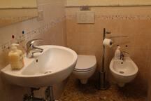Bagno della camera matrimoniale