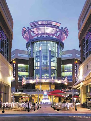 Ballantyne Village - Theater, Restaurants and Shopping