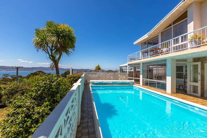 Aqua Retreat Apartment - Sandy Bay - Apartment