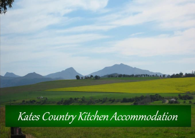 Kate' Country Kitchen Accommodation - Bredasdorp - Haus