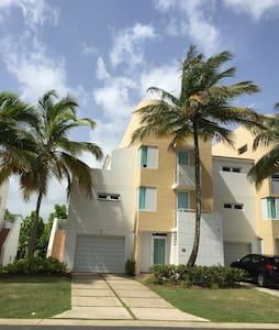 Villa Azul - Dorado, Puerto Rico - Dorado - วิลล่า