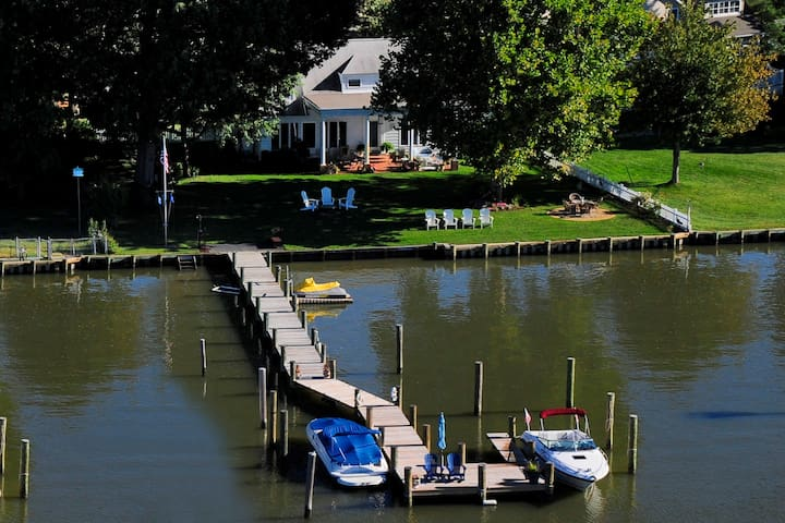 Annapolis area waterfront with dock - Shady Side - House