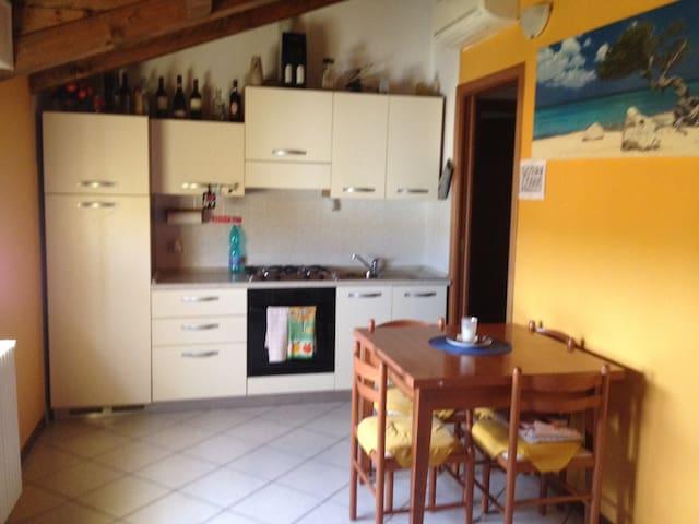 Appartamento arredato - Milano