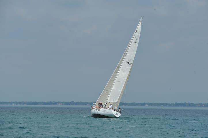 40' Sailboat; Lk St. Clair/DetRiver - Detroit