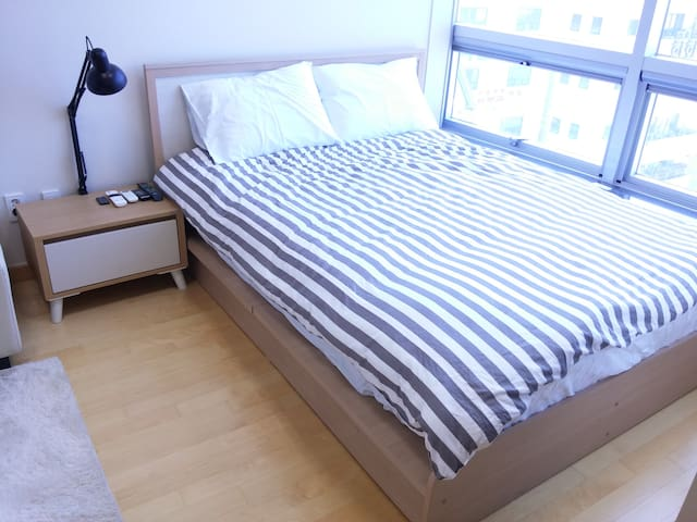 Ocean View, Duplex Studio Apartment - Gohyeon-dong, Geoje-si