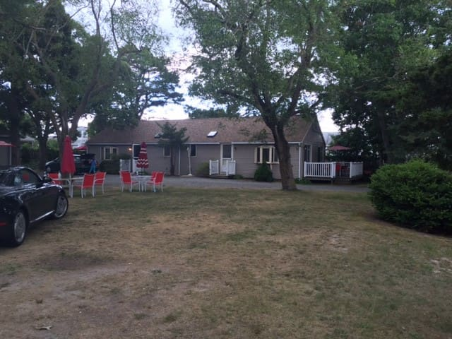 4 Two Bedroom Cottages  #4 and #5 - Yarmouth - Cabaña