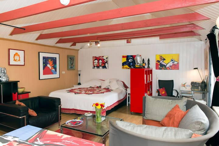 Vrijstaand vakantiehuis/B&B - Drouwenermond - Blockhütte