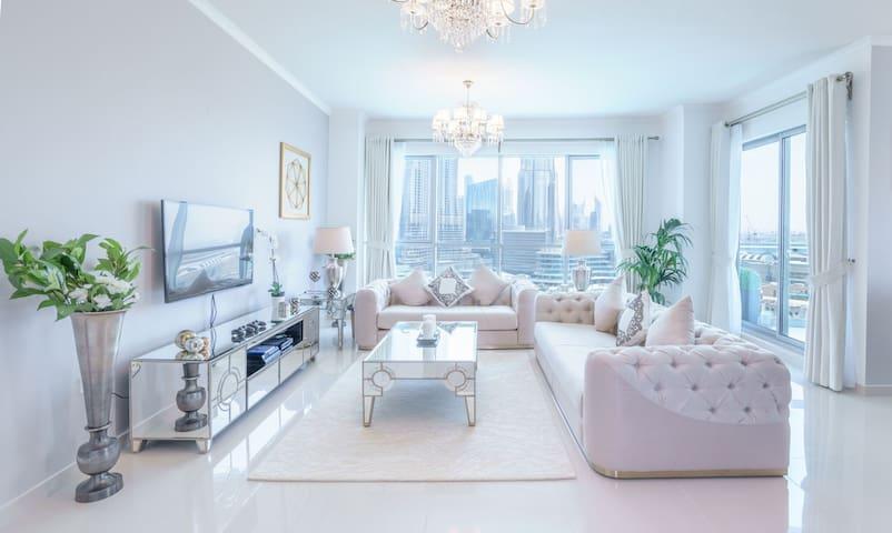 Elite Royal Apartment 2+1BR full Burj Khalifa view