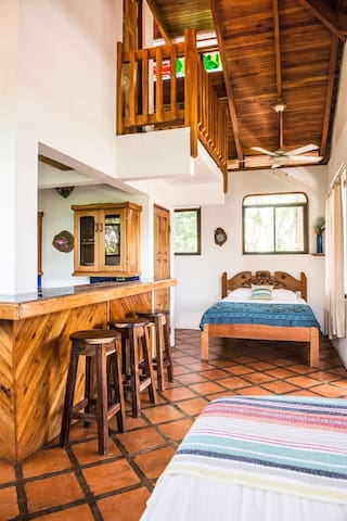 Secluded Suite Near Playa Negra - Los Pargos - Bed & Breakfast