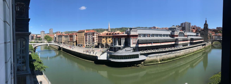 Old Town & River (Casco Viejo Bilbao) E-BI 1138