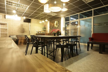 Tiger Lily-Room for 8 people - Bangkok - Hostel