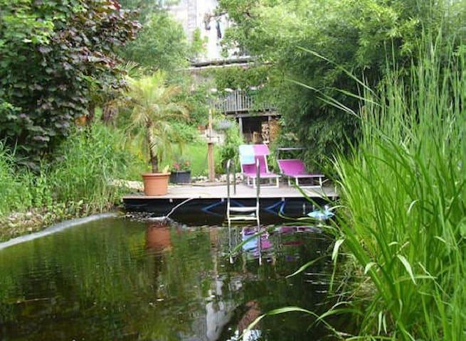 Gästezimmer im Künstlerparadies - Kronach - Bed & Breakfast