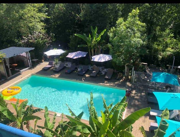 Studio Larche côté piscine