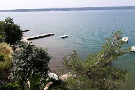 Cosy apartment in Maslenica, near Zadar, seafront - Jasenice