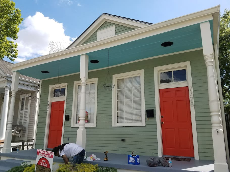 Cozy And Convenient 2 Bedroom Near St Charles Houses For Rent In New Orleans Louisiana
