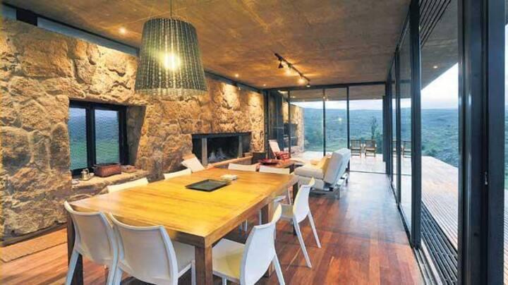 Casa de Campo en las Sierras con piscina y vista