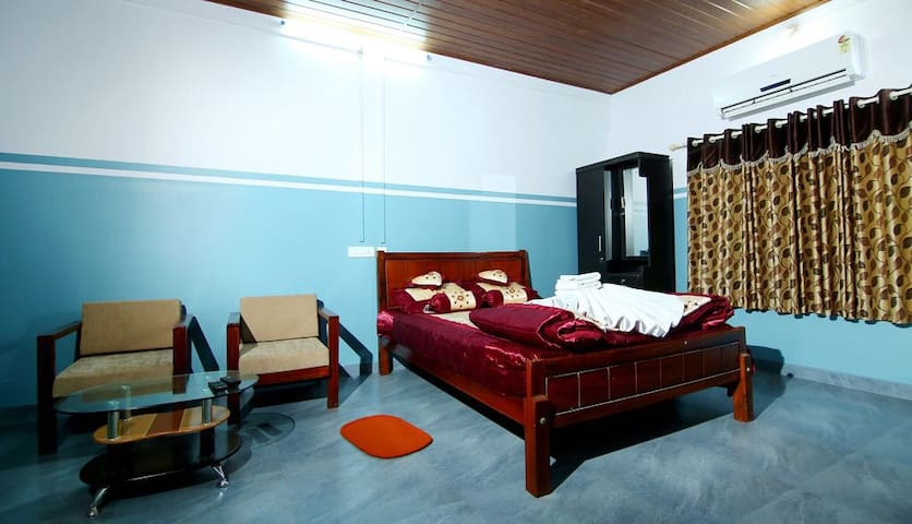 CHILLA HOMESTAY ,3BHK,coffee valley