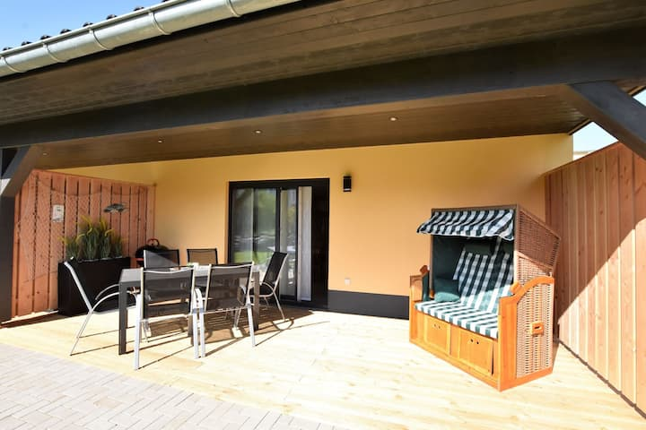 Charming Holiday Home in Barnekow with Garden
