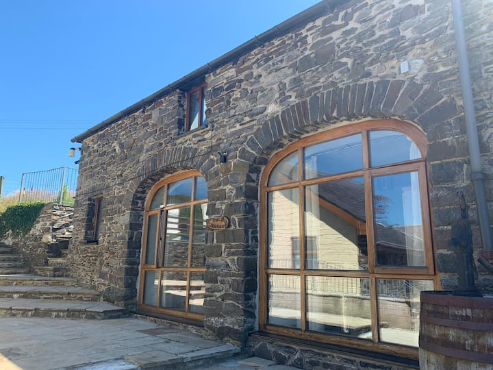 The Granary @ Paith Holiday Cottages, Aberystwyth