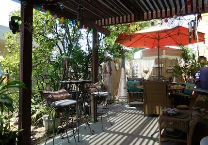 NEWPORT-MESA, CA - THE SPOONS' ESCAPE #57 - Costa Mesa