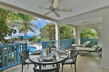 #101 Oceanview beachfront Maxwell Beach Villas