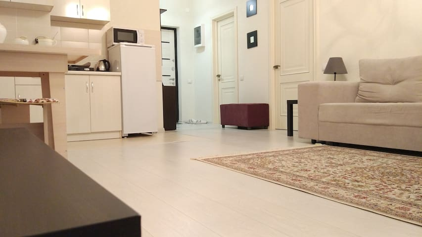 """Уютная двухкомнатная квартира в ЖК """"Шахристан"""" - アルマトイ - アパート"""