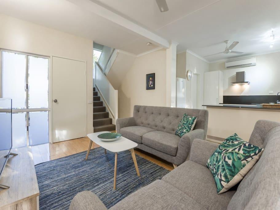 Lounge/Living Area
