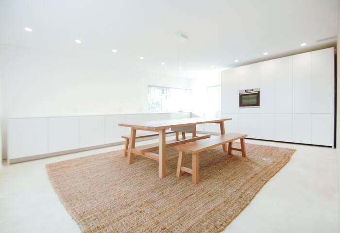 bright open luxurious high-end minimalist design