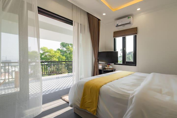 W6/DELUXE ROOM/Calm+Clean+Cozy/Free Breakfast