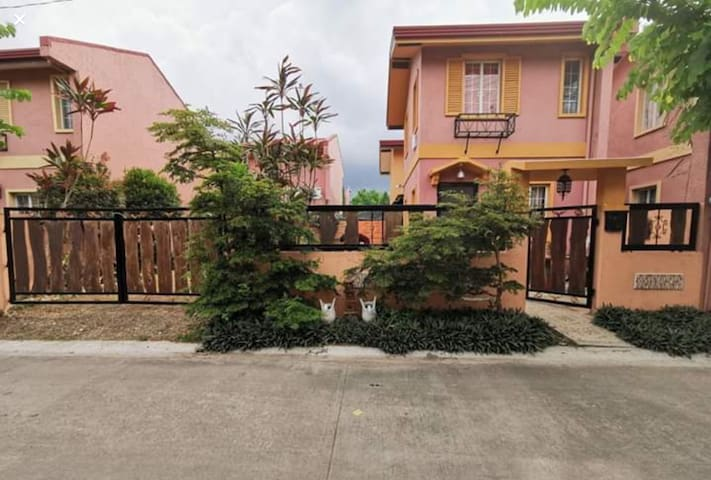 2storey House located in Camella lipa