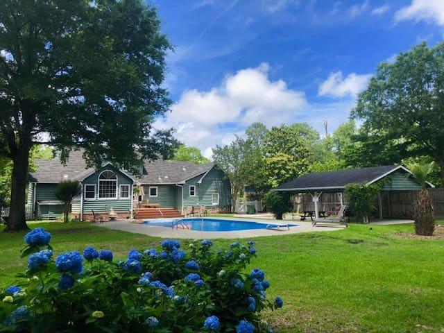 Poolside Living #2