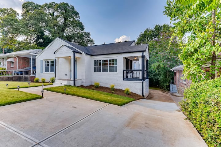 BEAUTIFUL RENOVATED AND LUXURY HOME IN MOZLEY PARK