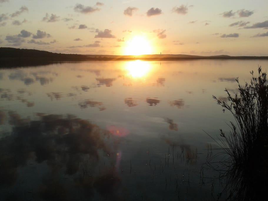 Puesta de Sol,desde el Lago de A Frouxeira