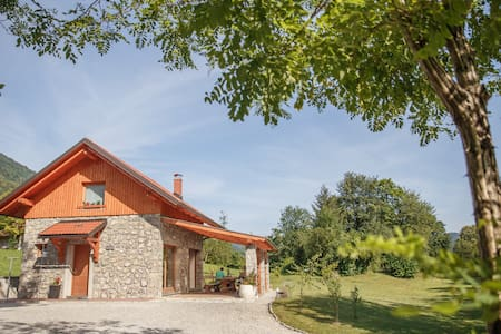Cottage NA BIRU 2 by the Soca river - Gabrje - Rumah