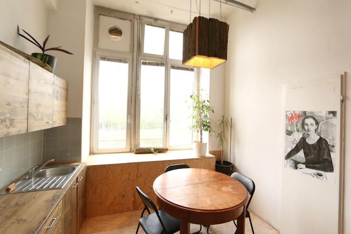 Surprenant loft dans une communauté artistique - Berlin - Loft