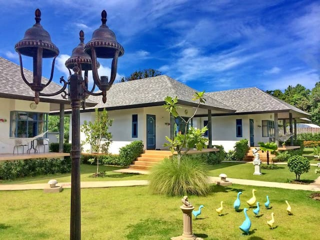 Perennial resort :Superior Villa (FREE airport transfer)