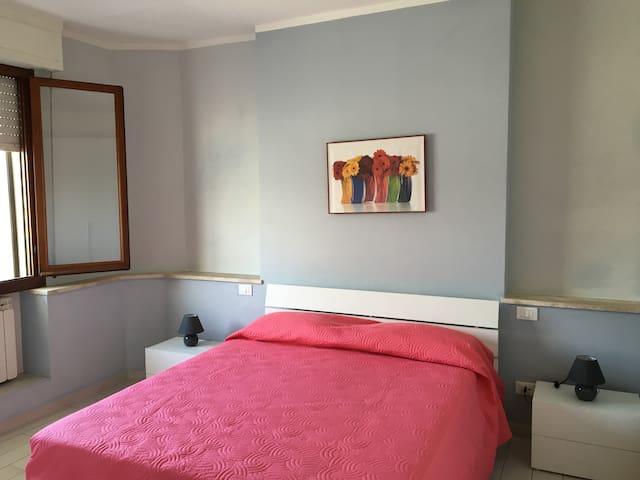 Comodo appartamento a Pontedera - Pontedera - Apartamento
