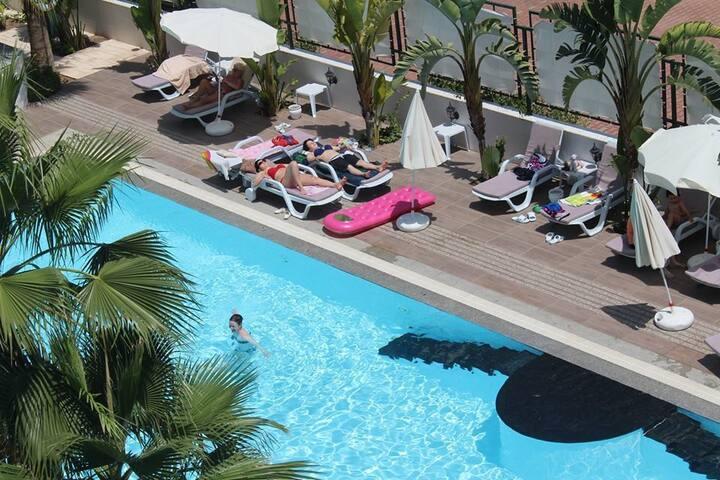 Wohnung mit Pool in Antalya für 2 Personen