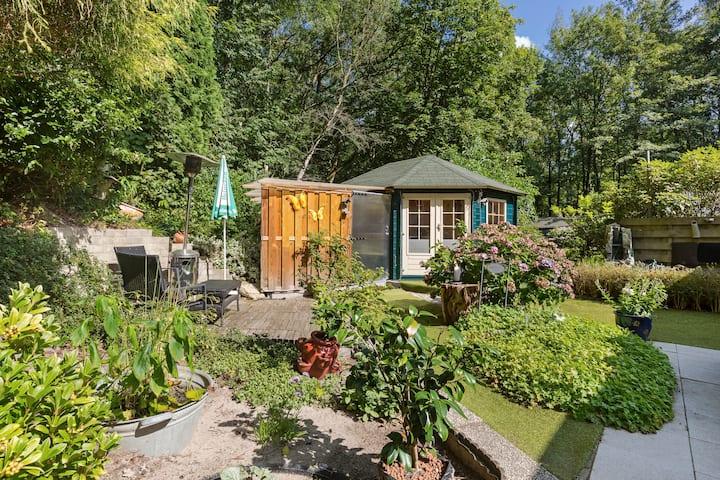 Garden house On a unique location in Naarden