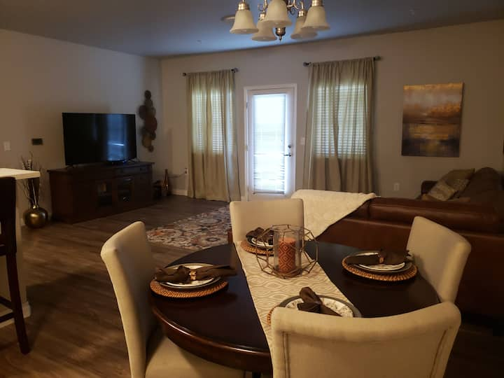 Gorgeous 3 bed, 2 bath unit in a gated community!