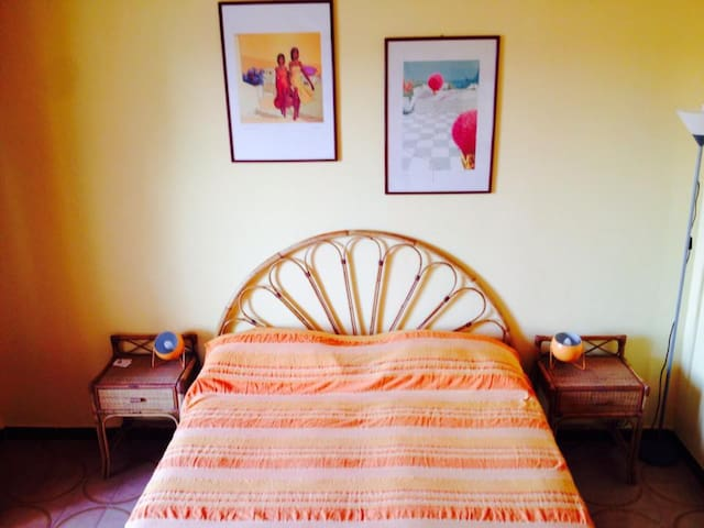 A Room in Selinunte w private bath and Terrace n.4