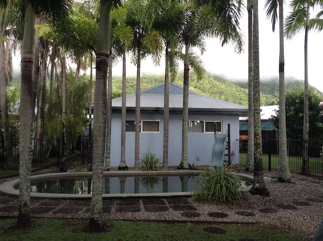 Mt. Sheridan, Cairns - Mount Sheridan - House