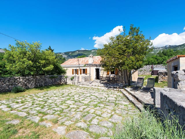 Holiday House Tomiceva for 6 persons in Senj
