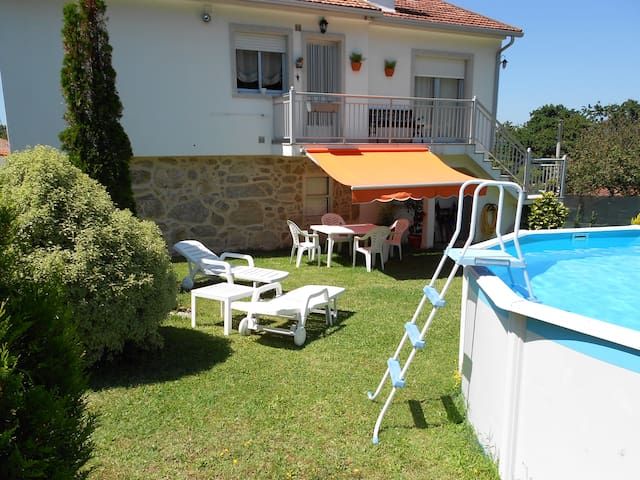Casa con piscina y 1200 m de finca - Vigo - House