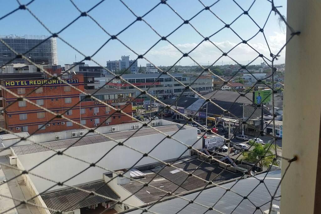 Vista da janela do quarto p a Av. Paraguassu