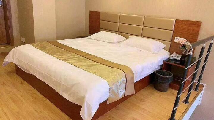 晨曦温馨日租公寓(B)