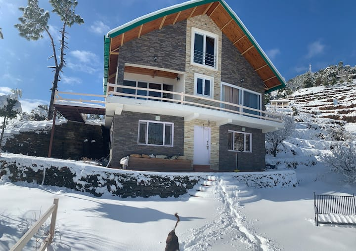 Camp Bagicha Cottage | offbeat escape on a hilltop